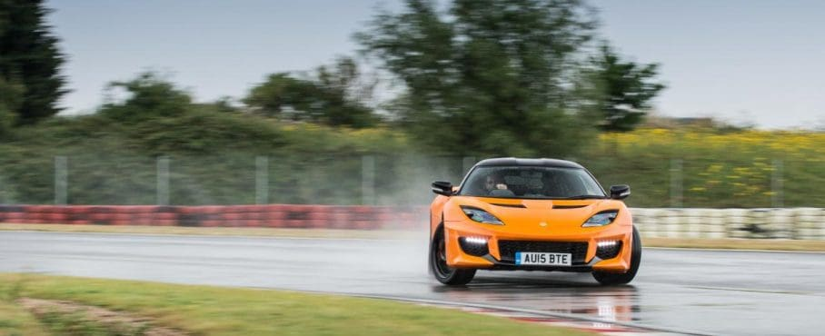 EVO Review – Lotus Evora 400