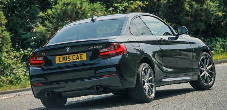 iNews Review – Birds BMW M235i